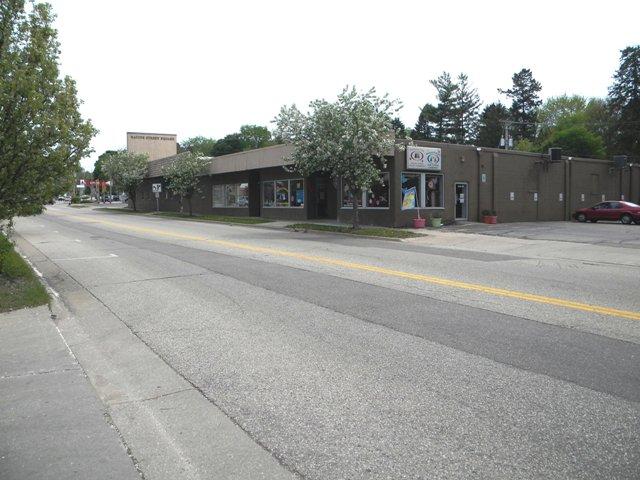 Racine Street Square